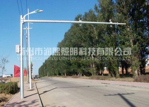 道路交通监控杆